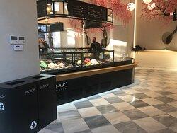 Kayak Ice Cream Store - Kapnikarea