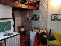 zona cucina/soggiorno