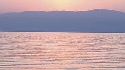 קייקים בים המלח עם  טילים ואתגרים