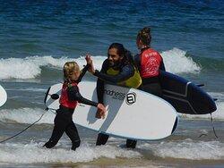 7th Essence School of Surf & Bodyboard