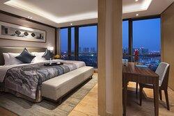 3-Bedroom Deluxe Master Bedroom