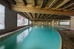 Spa - Piscina riscaldata con nuoto controcorrente