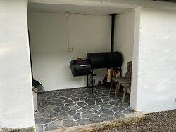 BBQ / Smoker room