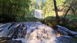 Baño de Diana y Cascada La Caprichosa