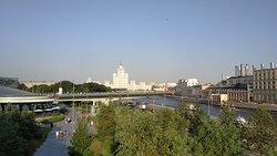 Открываются виды Москвы