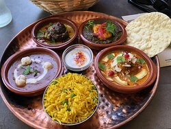 Hoofdgerecht - Vegetarian Thali Menu
