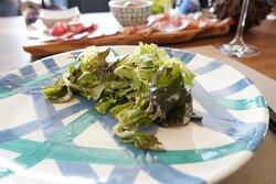 L'insalatina con  una salsina favolosa!