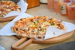 Any pizza lover?)