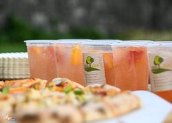 Pizzas and ice lemonades.