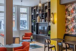 Ferdinand Hotel Tours - 37000 Tours - Lobby bibliothèque