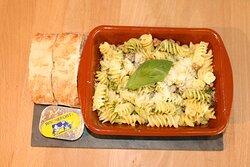Huisgemaakte pasta pesto