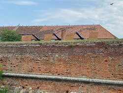 Cannons above a rampart of the Saxon bastion.