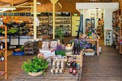Lokale en eigen producten in de Streekwinkel