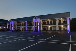 There's no better way to experience Calhoun than from the SureStay by Best Western Calhoun South.