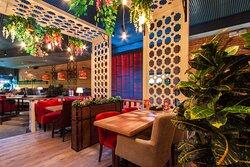 """Уютный ресторан на втором этаже в ТРК """"Лето"""""""