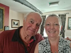 Ben Mandale - Owner and Kerryanne Wilde - Manager/Licensee