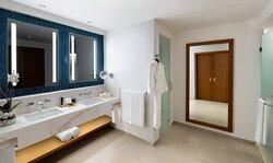 Rock Suite Bathroom
