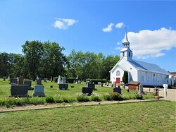 L'église fut construite en 1842 et le cimetière fut aménagé en 1843.