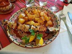 Mixed pork/chicken shashlik with oven-roast potatoes