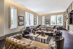 Treasury Lounge And Bar