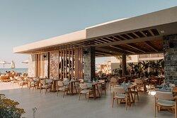 UB main restaurant terrasse
