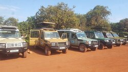 Safaris vehicles with A/C