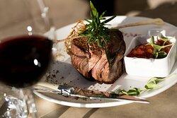 AC Lounge - Steak