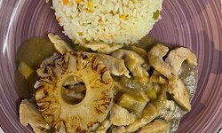 Mild fruity chicken curry