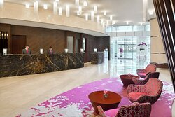 Bright and spacious lobby to welcome you
