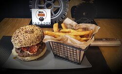 Découvrez le After H, un burger fait maison (même les sauces).