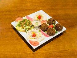 Assiette Falafel 🥙 (Falafel plate)