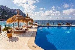 The best beach club on the island!!!
