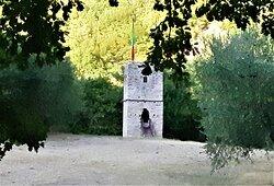 la torre  medievale vicino al Terzo Paradiso