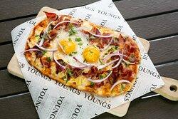 Egg & Bacon Pizza