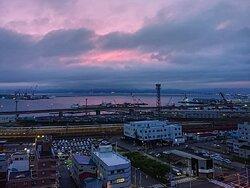 高層階からの景色。函館の街並みを眼下に望む雄大な形式を堪能。