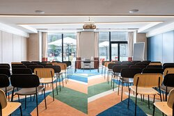 Latour Meeting Room - Theatre Setup