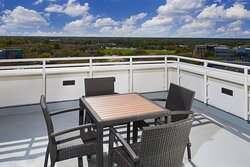 Vice Presidential Suite - Balcony
