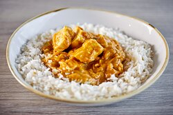 Homemade chicken curry and rice. This is available in single portions, catering or 9 x 9 family portions (serves 5/6).