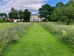 Wij trädgårdar - mansion