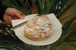 Breakfast pastries – eat-in or to go