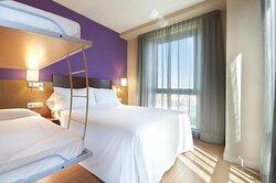 601573 Guest Room