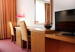 815084 Guest Room