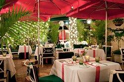 Chesterfield Palm Beach Courtyard