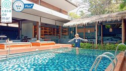 Cool Day with the beach pool #Casa  Beach  # Casa De Mar Resort  Contact us; reservation@casademarsamui.com Tel & what's app +66 887604263 #Casademarsamui #chawengbeach #casabeach #thailanddestiny