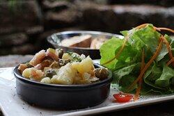 Salade de pomme de terre et hareng.