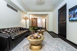 Bachar House Suite Dpi