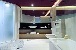 NYXSuite Bath Dpi