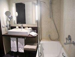 182170 Guest Room