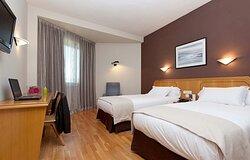 000267 Guest Room