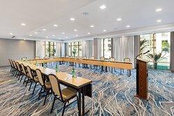 Jupiter Meeting Room - U-Shape Setup